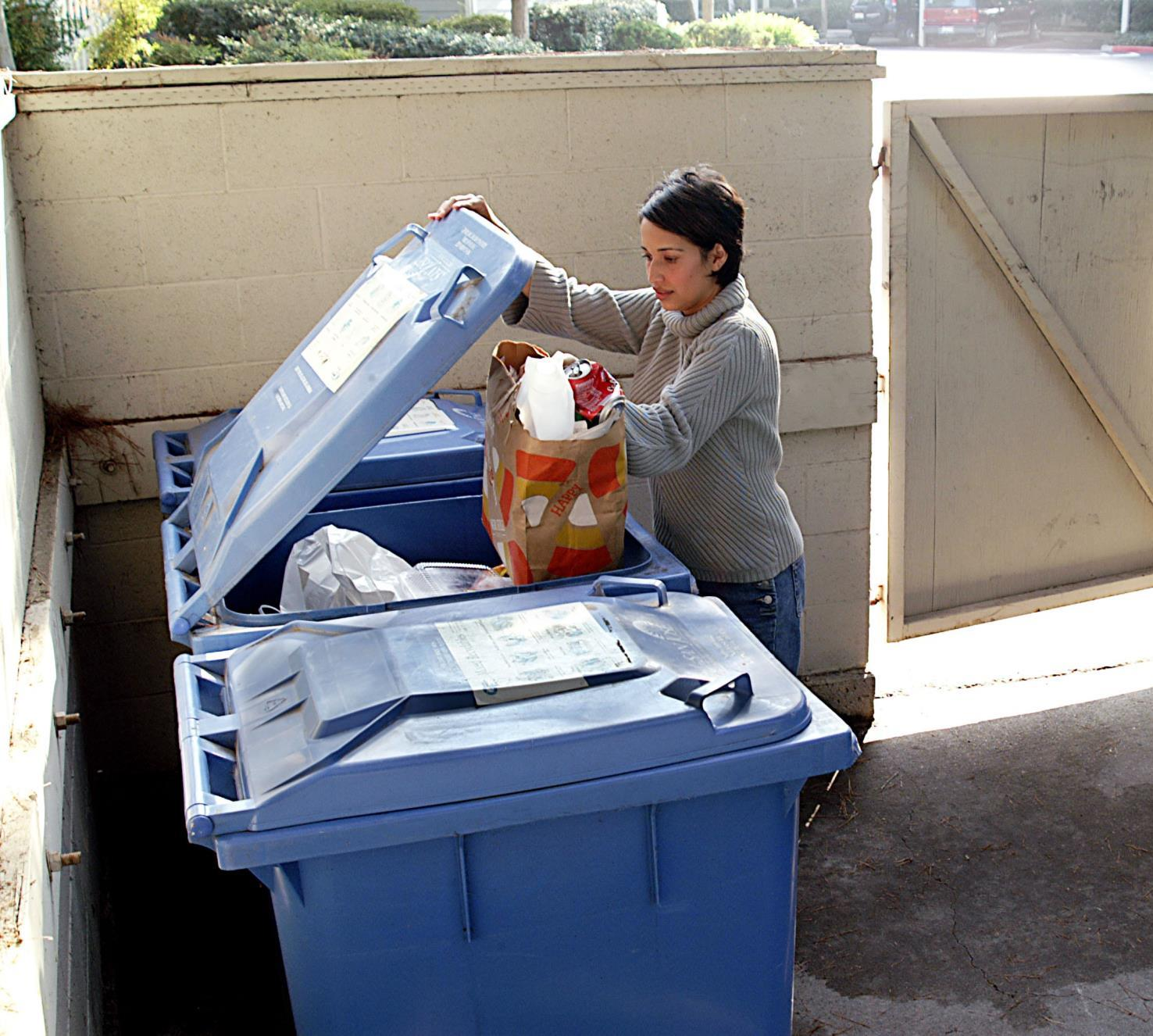 MFD_Recycling_Carts